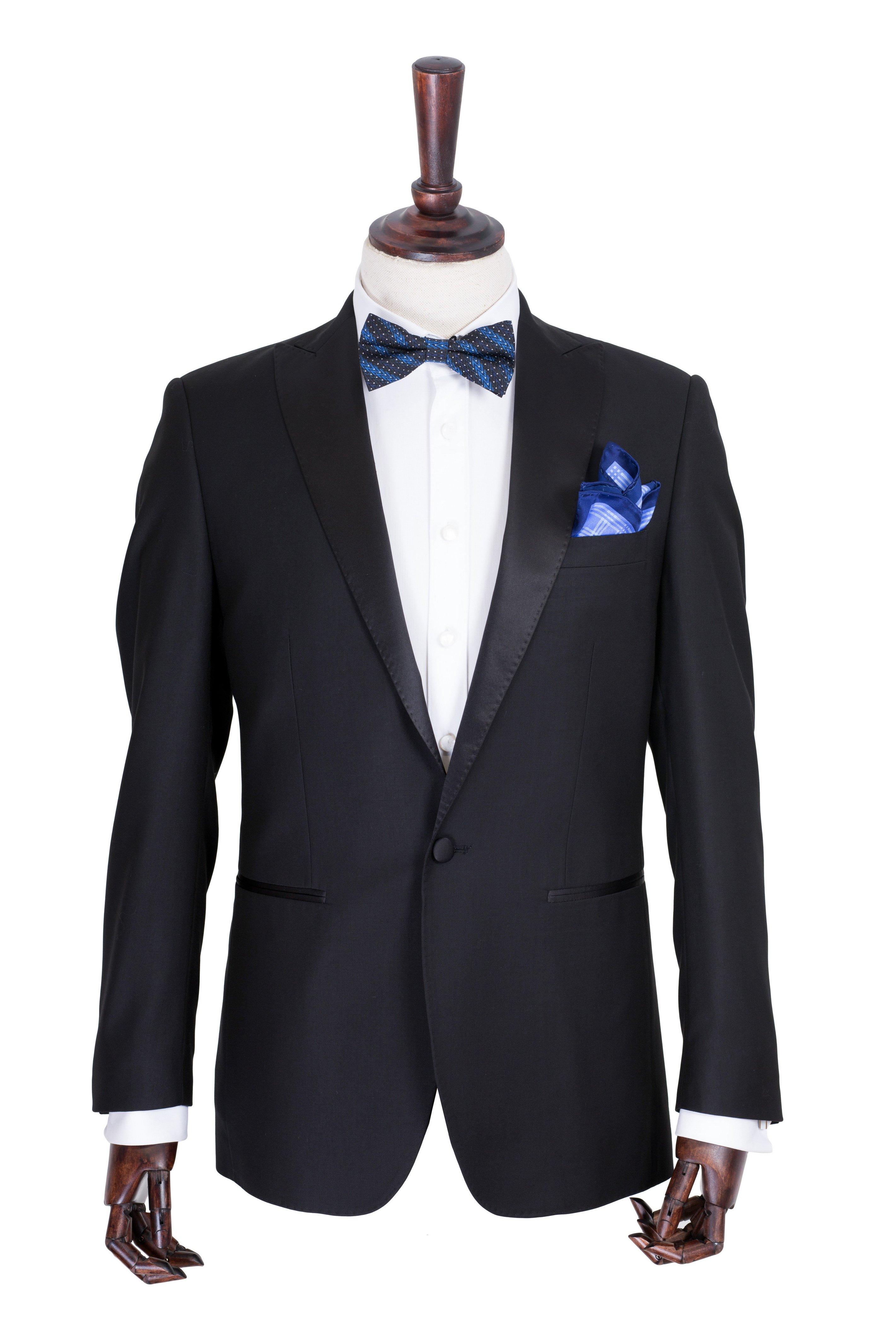 Costum de ceremonie negru uni si guler ascutit Grazie Filipeti
