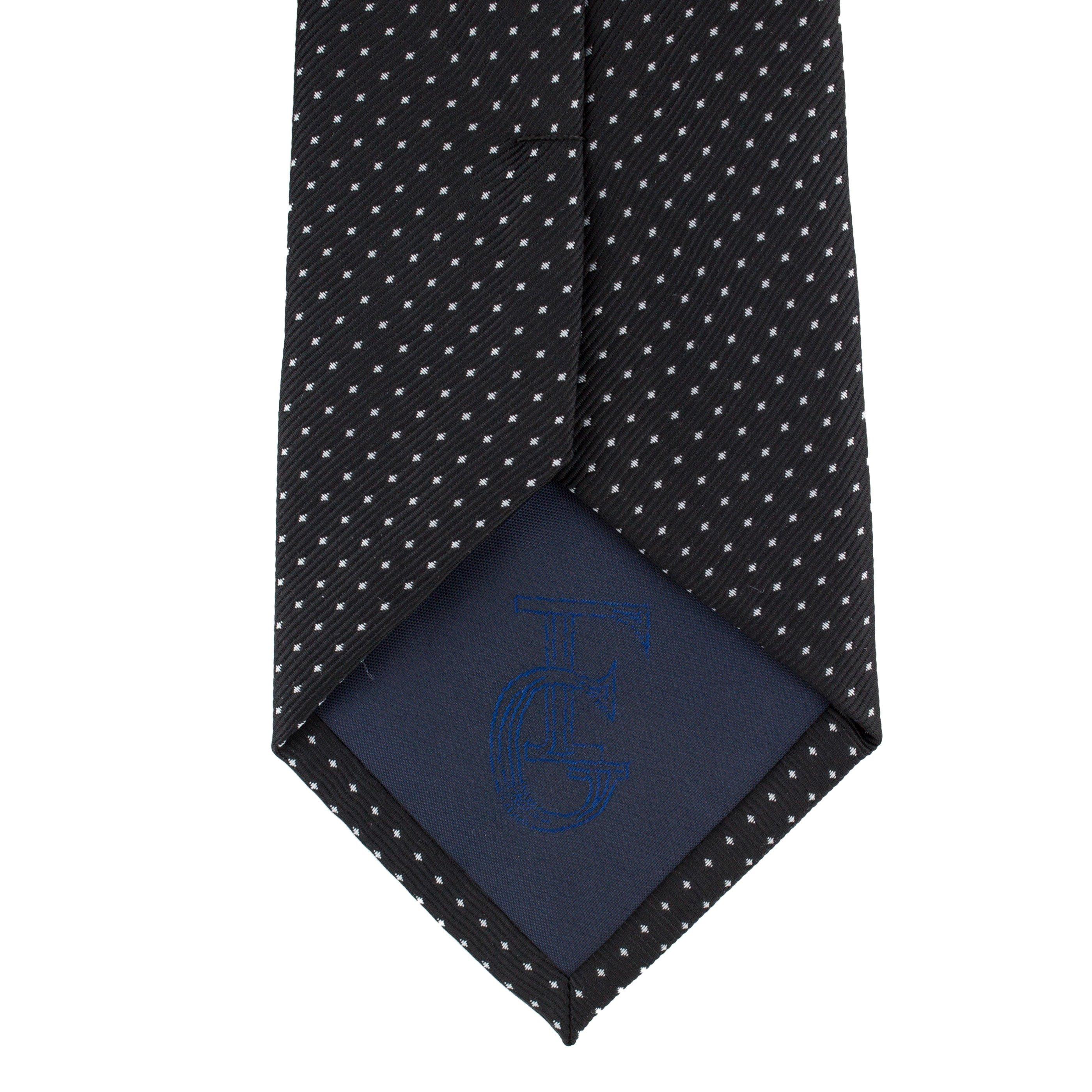 Cravata neagra cu picouri albe